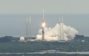 Trenutak lansiranja LRO i LCROSS s raketodroma na Floridi