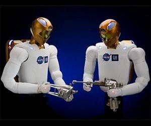 Robonauti kao nova posada na ISS